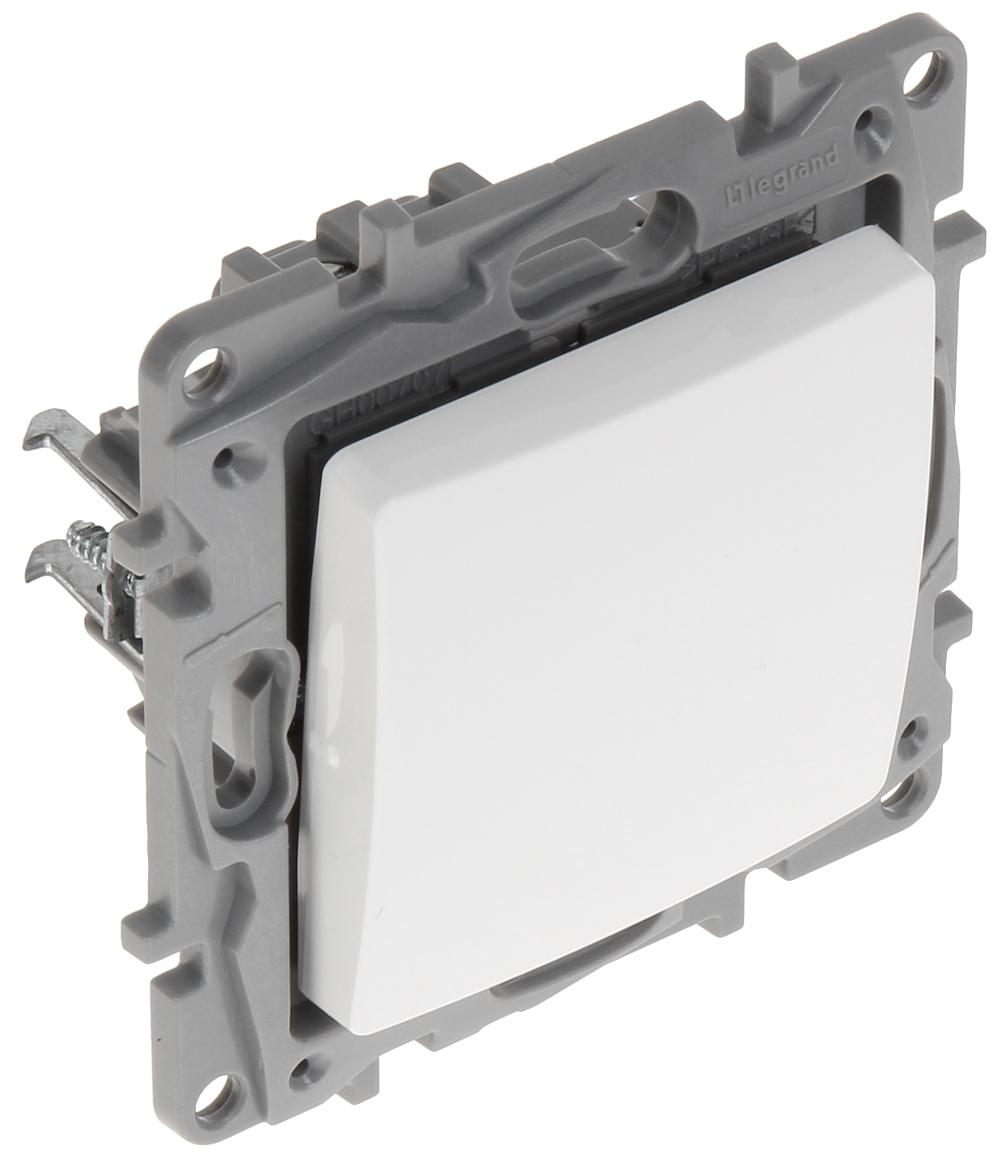 INTERMEDIATE SWITCH LE-764504 Niloe 10 A LEGRAND - Switches - Delta